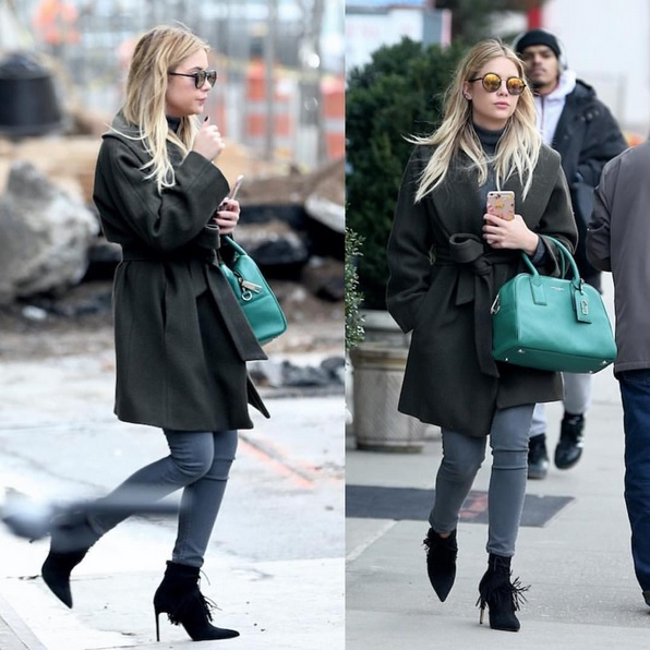 Ashley Benson modisch im Oversized-Mantel
